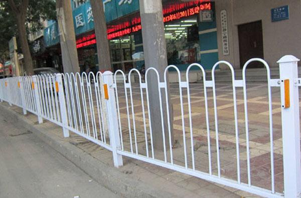南京道路护栏